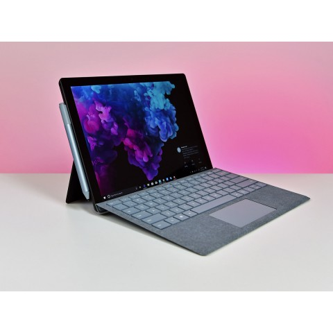 Surface Pro 6 / New /